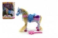 Kůň s doplňky plast 15 cm v krabičce