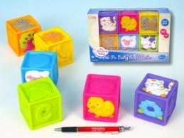 Dětské pískací kostky 6ks v krabici od 6 měsíců gumové - Teddies s.r.o