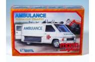 Stavebnice Monti 06 Ambulance Renault Trafic 1:35 v krabici 22x15x6cm