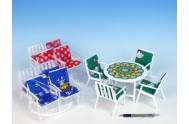 Nábytek pro panenky stůl + 4 židle se sedáky 4 barvy (1 sada v sáčku)