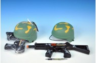Vojenská sada /samopal 31cm + helma plast v síťce
